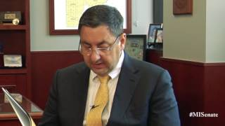 Sen. Stamas speaks on the importance of March is Reading Month
