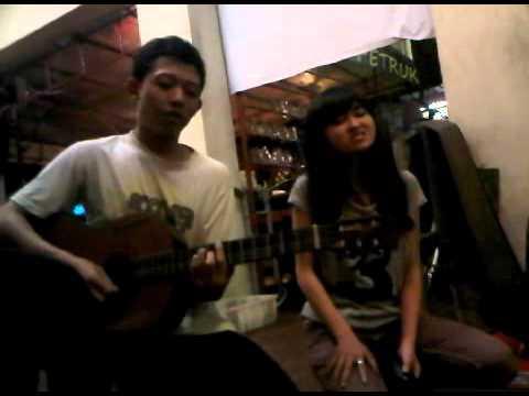 Adelle - Don't you remember (Yogyakarta Street Singer)