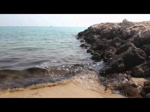 Doha beach - relaxing wave sounds