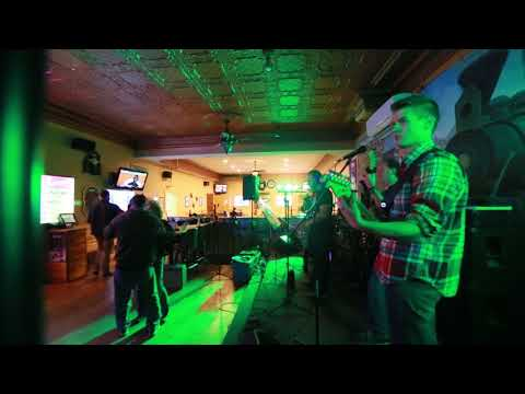 Use Somebody - Hits and the Mrs Band, Cover Song, Minnesota