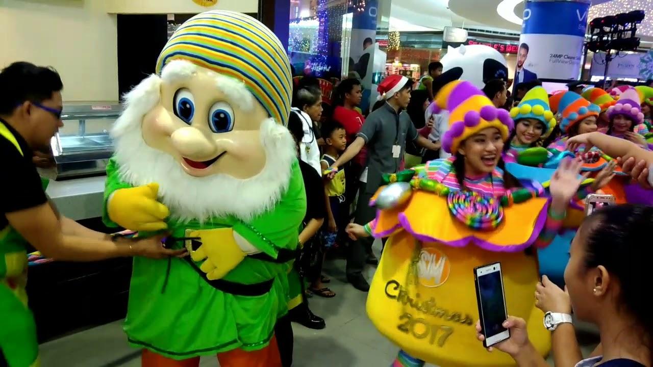 SM City Molino Grand Magical Christmas Parade 2017   YouTube