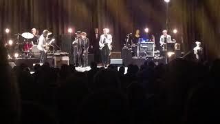 Bob Dylan closing his Dec. 6, 2019 Beacon Theatre show