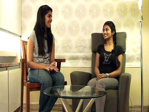 """Anandhi - """"I like all movies that has Dhanush in it"""" - BW"""