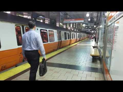 MBTA Orange Line leaving North Station for Oak Grove
