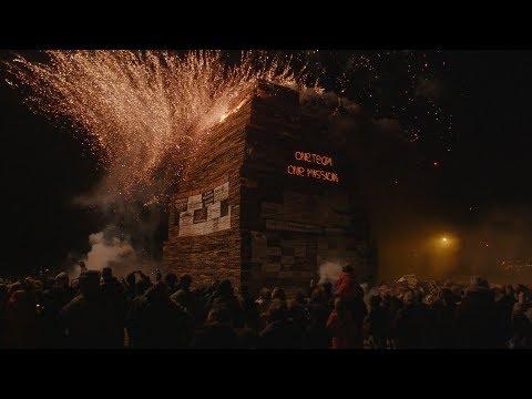 Palletoorlog: Unieke documentaire over de vreugdevuren in Scheveningen en Duindorp