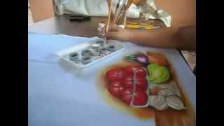 Como pintar tomates em uma fruteira de vidro
