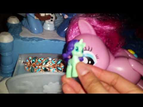 Olafs frozen adventure musical jewelry box Surprise video ft. Pinkie pie