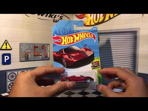 Hot Wheels Pagani Huayra Roadster