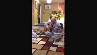 Thich Trung Dao dan guitar Va hat'