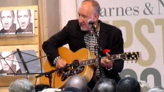 Pete Townshend performing at Barnes & Noble NYC Oct  2012