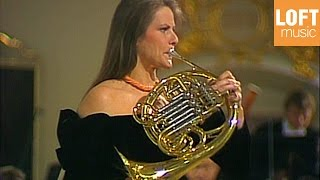 Video Richard Strauss - Concerto for French Horn & Orchestra No 1 Op. 11 (Marie-Luise Neunecker) download MP3, 3GP, MP4, WEBM, AVI, FLV Agustus 2018