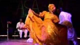 Baile de Ochun Bata con ROSA Angel Afro Cuban Concepto