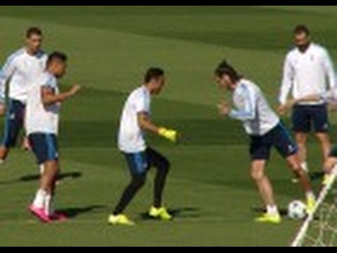 Keylor Navas es el único que para a Cristiano Ronaldo y Lujazo de Bale Entrenamiento 2015