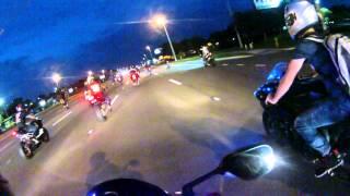 Cops try to block Orlando stunt ride