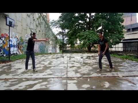 Tomsize & Simeon - Jump Dance robot | iLuicher360