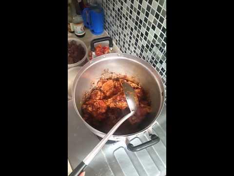 วิธีการทำขนมจีนน้ำเงี้ยวสูตรโบราณและน้ำพริกข้าวซอย รสต้นตำหรับ เชียงใหม่อร่อย ขนมจีนน้ำเงี้ยว