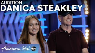 Danica Steakley's Dad Gets Angry At Judges When He Hears The Result - American Idol 2021