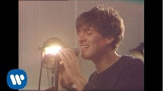 Paolo Nutini - Let Me Down Easy [Official Video]