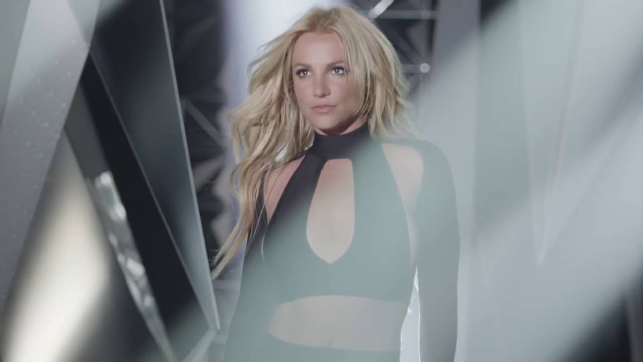 Britney Spears - Private Show Fragrance TV Commercial - YouTube