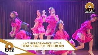 JKT48 - Tidak Boleh Pelukan live at Theater JKT48