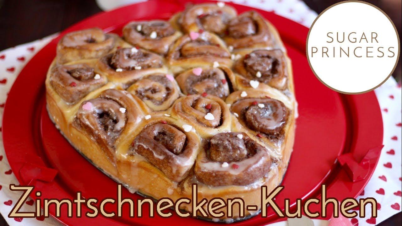 Zimtschnecken-Kuchen / Hefeschnecken-Kuchen: Herzkuchen zum Valentinstag | Rezept von Sugarprincess