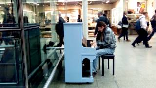 Piano on the station