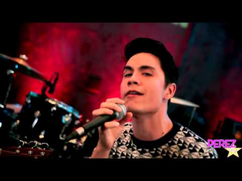 "Sam Tsui - ""Secret"" (EXCLUSIVE PEREZ HILTON ACOUSTIC PERFORMANCE)"
