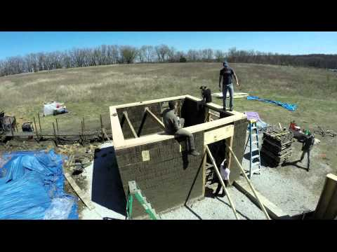 Microhouse 2 Build - 2014 - Timelapse