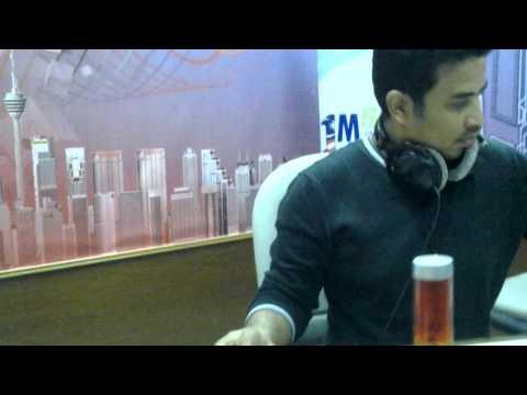 Haris Abdul di Radio Nasional FM