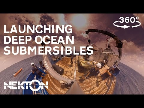 Get involved in a deep ocean submersible launch in 360°