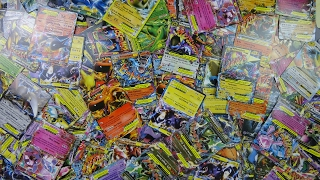 Hundreds of EX Cards?! Opening a FAKE Pokemon booster box