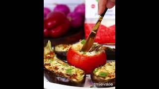 Простой рецепт фаршированных баклажанов и помидоров сыром