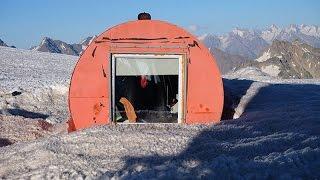 ロシア 7サミット エルブルース 4,000mシェルター生活 4,500m付近 高度順応 「charity santa Dancer」エベレストに行ってきます!310/1000  15/7/14