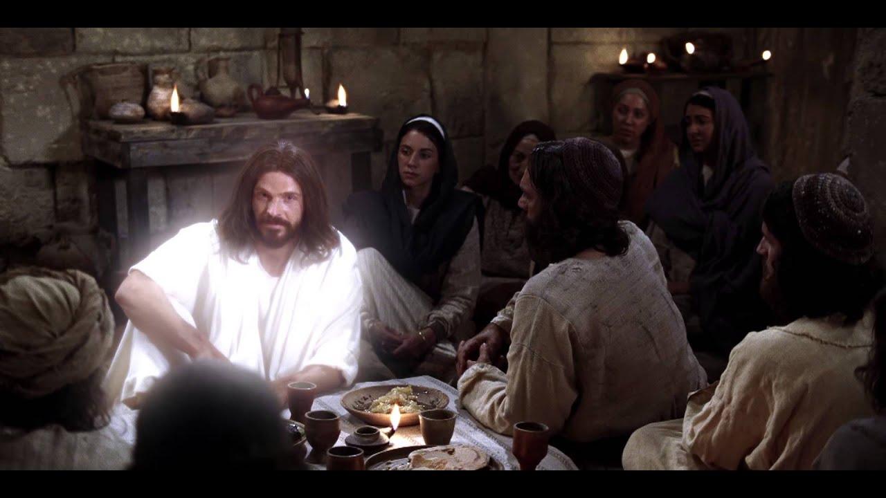 Resultado de imagen para jesus resucitado come frente discipulos