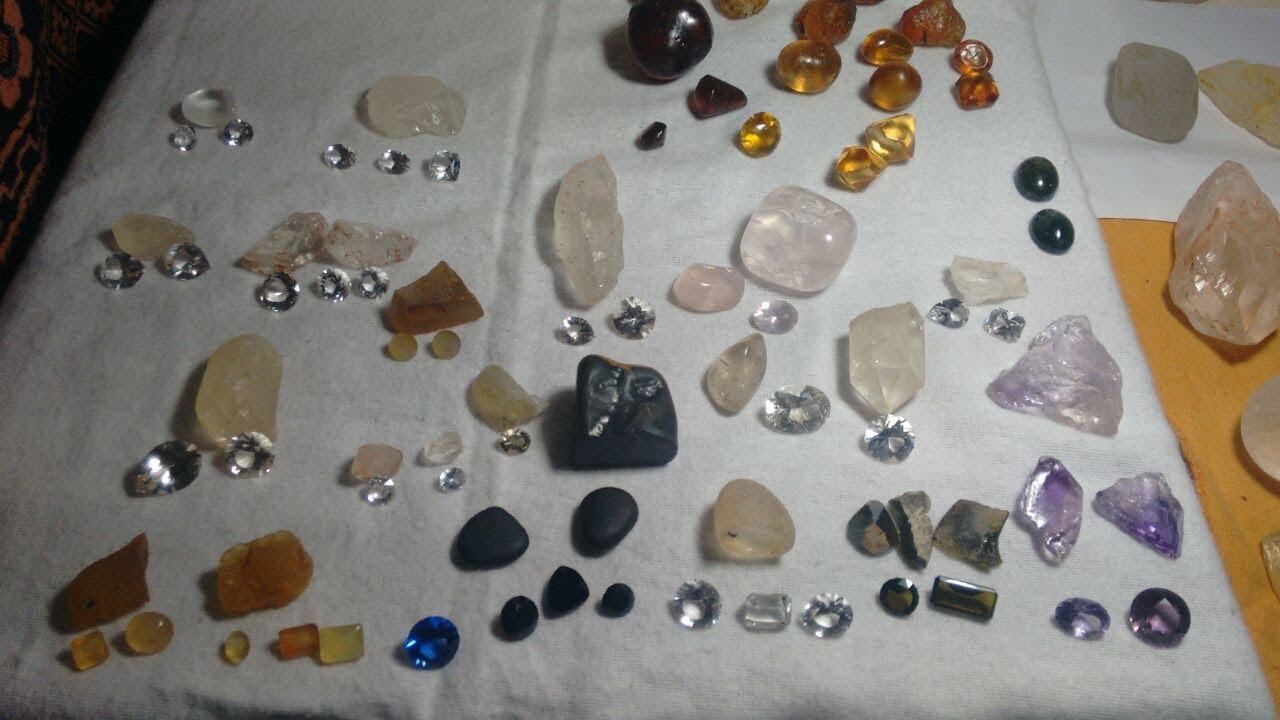 Pedras Preciosas Brutas E Lapidadas