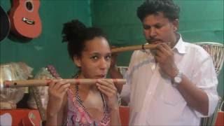 Гоа Блог 129. Обзор качества, цен, выбор музыкальных инструментов в Арамболь. Гитары, струны, флейты