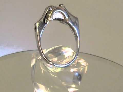Кольцо с квадратным бриллиантом.mpeg2video.mpg