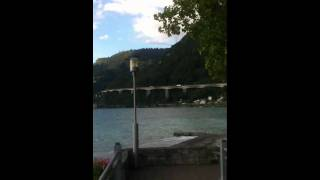 Les vagues de la plage en Suisse