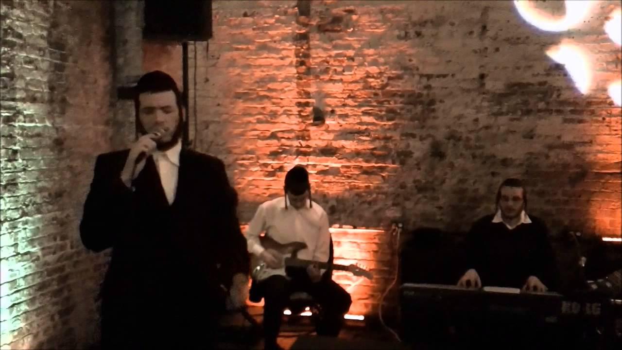 EXCLUSIVE: Motty Ilowitz Sings 'Kadiesh'