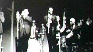 George Lewis And His New Orleans Jazz Band - I Ain