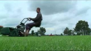 Óda na anglický trávník