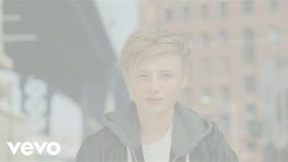 Isac Elliot - Are You Gonna Be My Girl