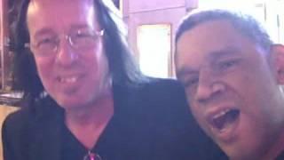 Brontis Tells Todd Rundgren A Big, Fat Lie - NYC 10/08/08