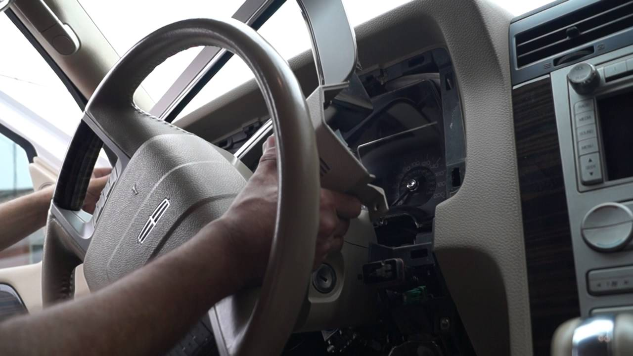 2016 Lincoln Town Car >> How to remove instrument cluster from Lincoln Navigator ...