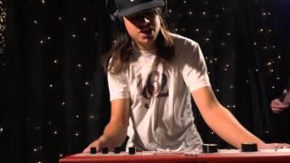 Dub Thompson - Epicondyles (Live on KEXP)