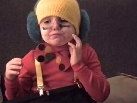 Chubby kid gets lock-jaw on halloween