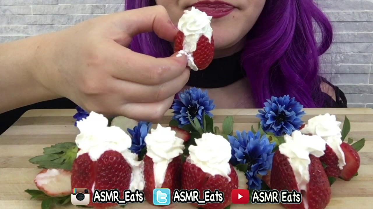 ASMR STRAWBERRIES & CREAM | Eating Show | MUKBANG 먹방 | JUICY Eating Sounds | ASMREats
