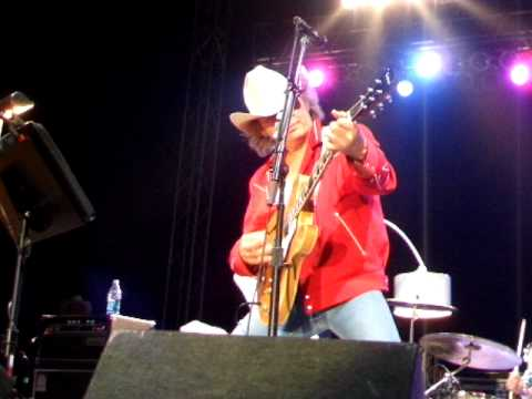 Dwight Yoakam: Long White Cadillac at Salinas Rodeo - YouTube