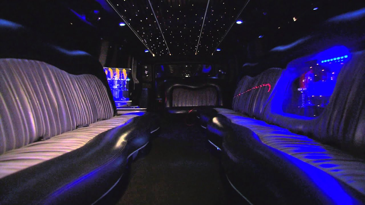 20 pass Black Hummer Super Stretch Limousine by LIMO