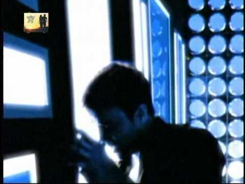 Enrique Iglesias - Ruleta Rusa official video clip HQ